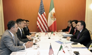 U.S. and Mexican representatives meet in Atlanta, Georgia, November 2010 during the fourth Americas Competitiveness Forum (ACF). Representatives from more than 34 countries are expected to attend the fifth ACF, which will be held October 5–7, 2011 in Santo Domingo, Dominican Republic. (U.S. Department of Commerce photo)